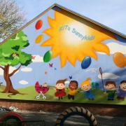 Kindergarten Sunny Kids, Brandenburg,Fassadenbeschriftung, künstlerische Objektgestaltung, Malerei, Fassadengestaltung, Giebelmalerei, Fassadenmalerei,