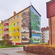 8 WG Uckermark, Wohnungsbaugesellschaft,Fassadengestaltung, Giebelmalerei, Fassadenmalerei, Malerische Gestaltung, Illusionsmalerei , Trompe l'oeil, künstlerische Objektgestaltung