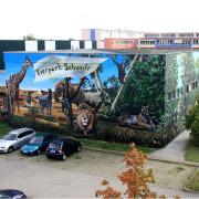 Schwedt Stadtwerke,1 Tierpark,Fassadengestaltung,  Fassadenmalerei, künstlerische Objektgestaltung,  Malerische Gestaltung, , Leinwand, Illusionsmalerei , Trompe l'oeil,  Graffitiauftrag