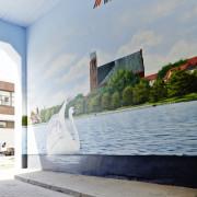 Wohnbauprenzlau 1, Prenzlau, Fassadengestaltung,  Fassadenmalerei, künstlerische Objektgestaltung,  Malerische Gestaltung, , Leinwand, Illusionsmalerei , Trompe l'oeil,  Graffitiauftrag