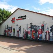 Brandenburg Würth, Fassadengestaltung,  Fassadenmalerei, künstlerische Objektgestaltung,  Malerische Gestaltung, , Leinwand, Illusionsmalerei , Trompe l'oeil,  Graffitiauftrag