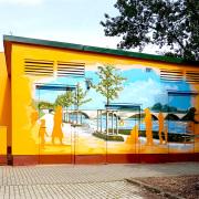 Schwedt Stadtwerke Fassadengestaltung,  Fassadenmalerei, künstlerische Objektgestaltung,  Malerische Gestaltung, , Leinwand, Illusionsmalerei , Trompe l'oeil,  Graffitiauftrag